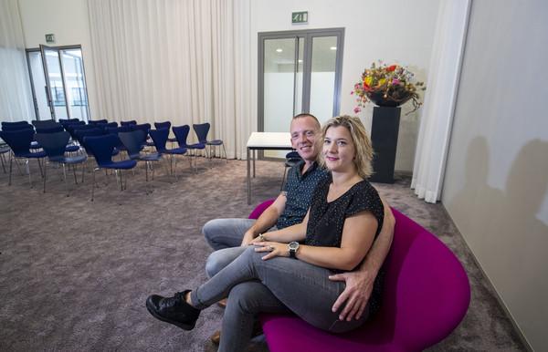 Amanda Rebergen (33) en Patrick de Langen (36) trouwen vandaag in het gemeentehuis in Veenendaal.