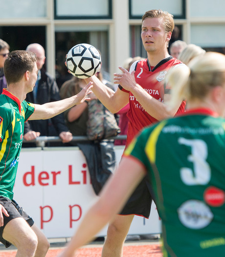 DOS'46 in spanning na zege