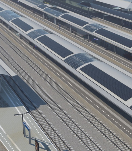 Zwolle derde treinstation met zonnepanelen op perrons