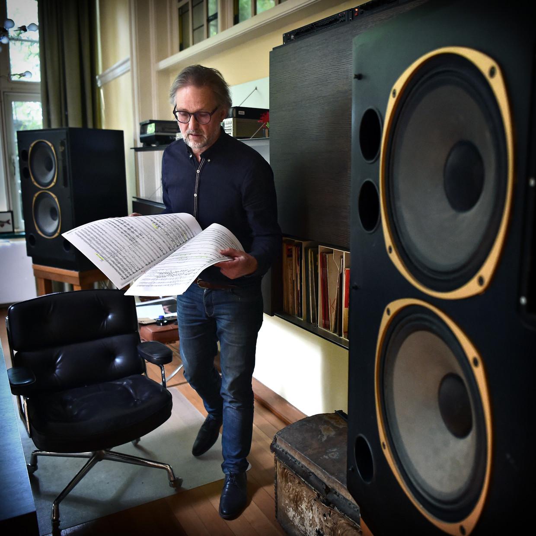 Componist Maarten Hartveldt. Beeld Marcel van den Bergh / de Volkskrant