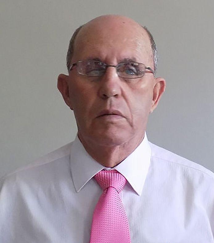 Roberto Escobar.