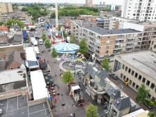 Van geraamte tot volledige attractie: de opbouw van de Tilburgse kermis in beeld
