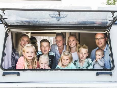 Op vakantie met een groot gezin: zo doe je dat