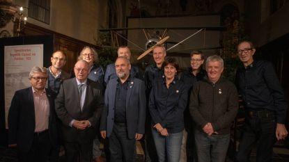 Ere-Gouverneur Paul Breyne bezoekt expo WPO Gijzenzele