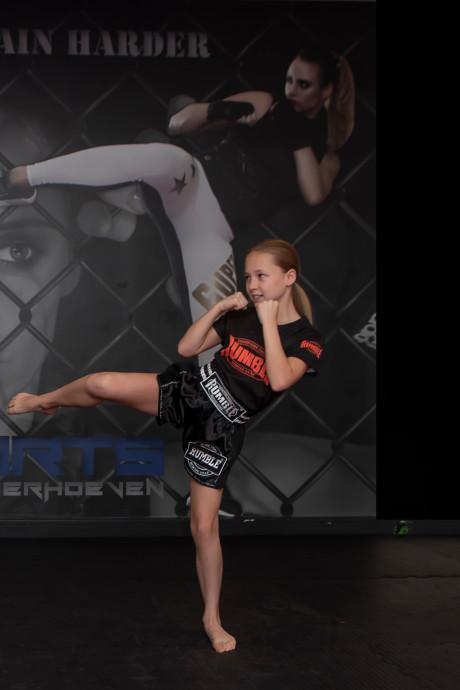 Opvolgster Rico Verhoeven komt eraan, Ruby de Bont (11) uit Moerstraten wereldkampioen kickboksen