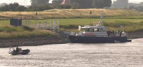 Politie: Dode man in kanaal komt uit Duitsland