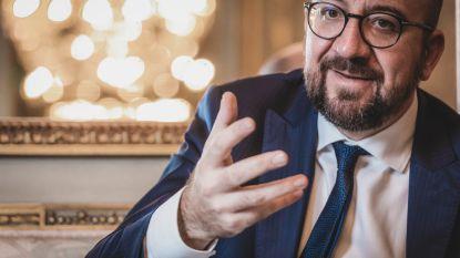 """Hoe loopt het nu verder met deze regering? """"Kans van 9 op 10 dat premier Michel vandaag naar koning stapt"""", verklaart politicoloog Sinardet"""