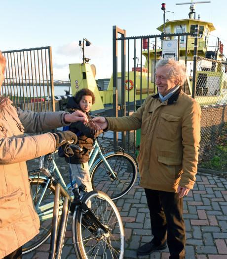 Tolproef pont Sluiskil: Iedereen heeft vijftig eurocent op zak