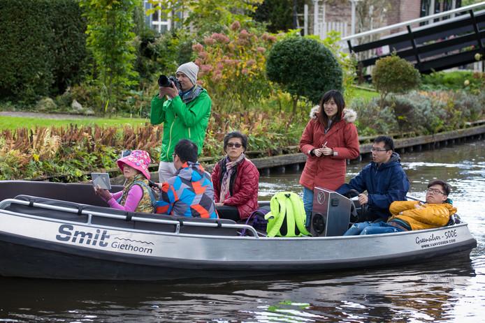 Naast de Aziatische toeristen gaan ook nieuwe bewoners van Steenwijkerland buurten in Giethoorn.