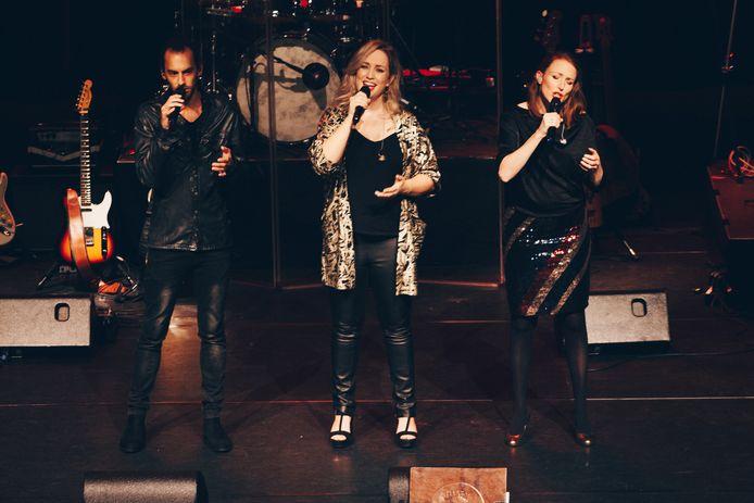Maartje Waanders (midden) is één van de initiatiefnemers.