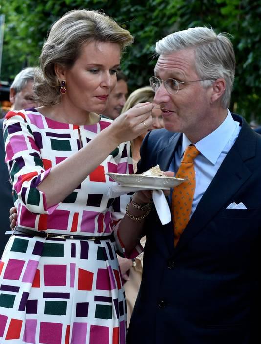 Koningin Mathilde geeft haar eten altijd aan haar man, kan dit verklaren waarom ze zo slank blijft?