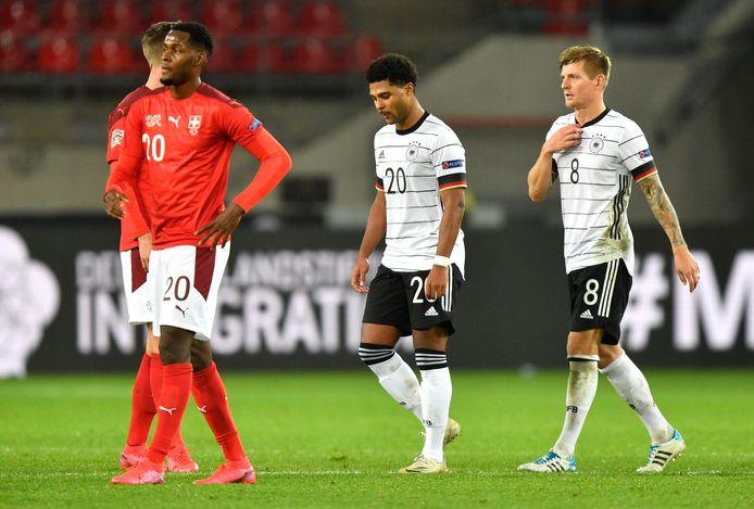 Toni Kroos en Serge Gnabry komen met Duitsland niet langs Zwitserland.