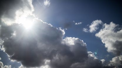 Vandaag zwaarbewolkt met kans op lichte regen