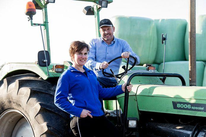 Erik en Lisette van Oosterhout runnen een kaasboerderij en veeteeltbedrijf in Made.