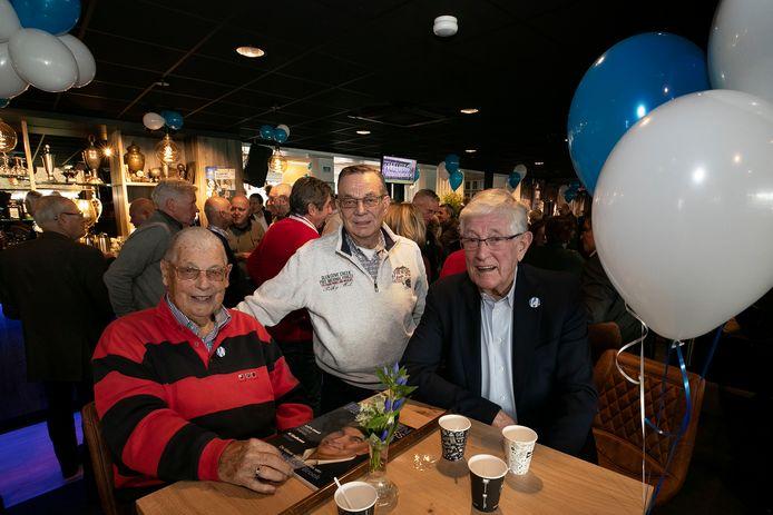 Henk Driessen, Willy Jansen en Wil Slaats vierden samen met vele anderen zaterdag het 110-jarig jubileum van FC Eindhoven