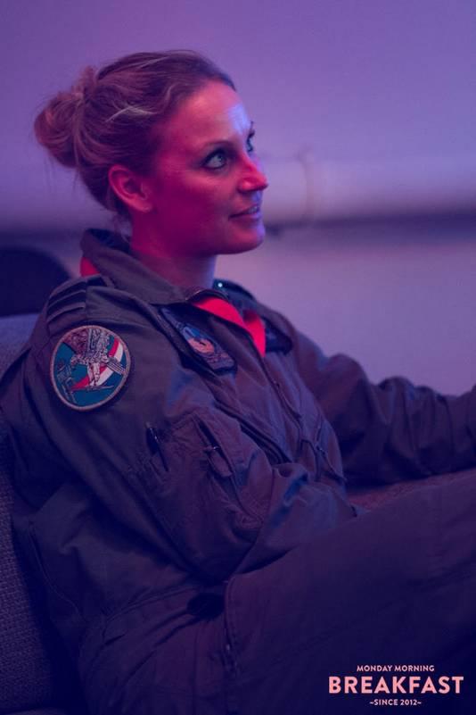 Do Schreinemachers is een van de weinige vrouwelijke piloten bij de Koninklijke Luchtmacht.