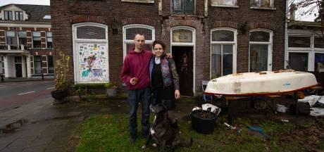 Rechter geeft gemeente Kampen gelijk: krakers moeten weg uit Bovenhaven-villa