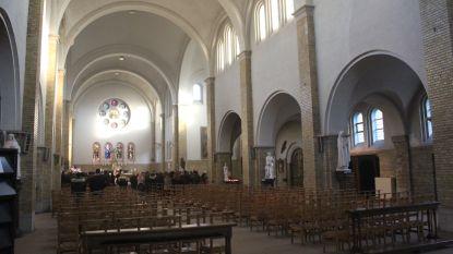 """Appartementen of supermarkt niet mogelijk in Heilig Hartkerk: """"Activiteiten die veel verkeer genereren verboden"""""""
