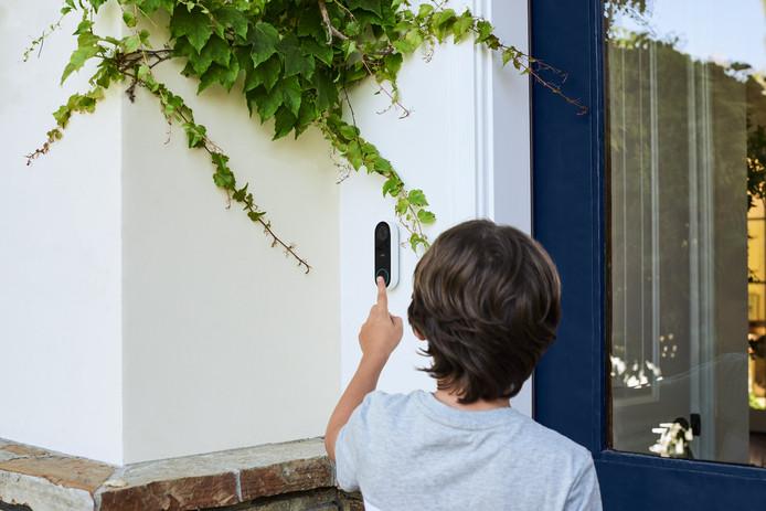 De deurbel met ingebouwde camera van Nest