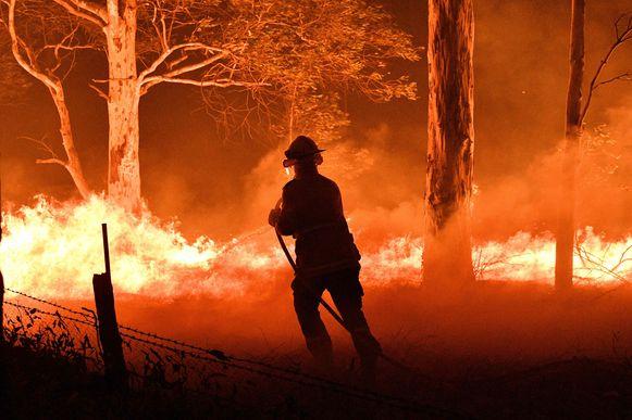 Archiefbeeld, een brandweerman is overleden in de deelstaat Victoria bij de plaats Omeo.