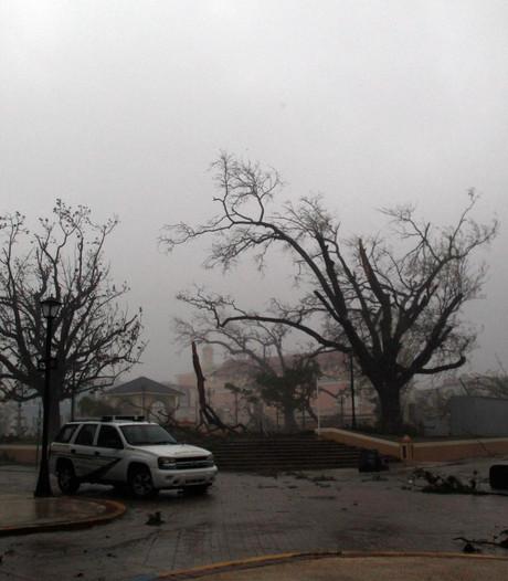 Maria raast over Puerto Rico: waarschuwing voor stormvloed