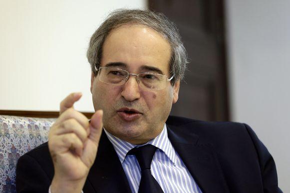 """De Syrische vice-minister van Buitenlandse Zaken Faisal Mekdad: """"De Syrische luchtafweer beschikt weer over alle middelen."""""""