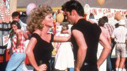 Olivia Newton John wordt vandaag 70: hoe goed ken jij de nummers van 'Grease' nog?