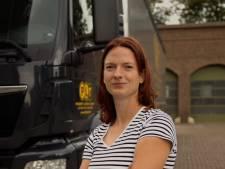 Transportsector wil meer vrouwen op de vrachtwagen: 'Achteruit inparkeren heb ik gewoon geleerd'