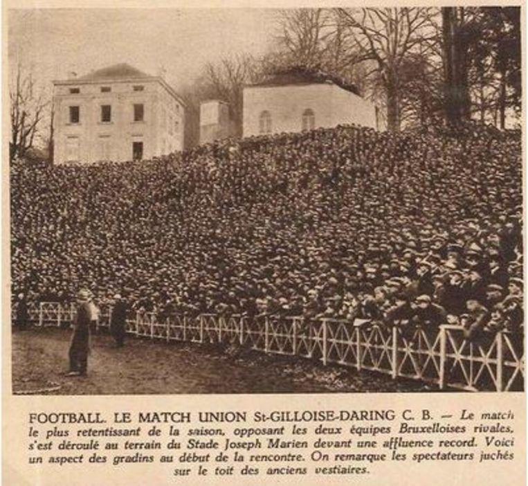 Een volgepakt Joseph Mariën-stadion tijdens de glorieperiode van de club in de jaren '30.