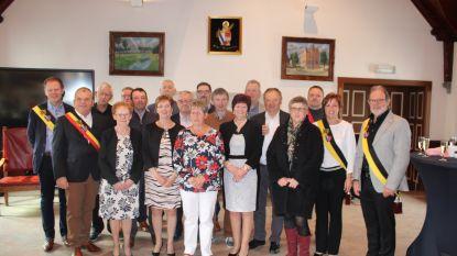 70-jarigen Bentille feestelijk ontvangen op gemeentehuis Sint-Laureins