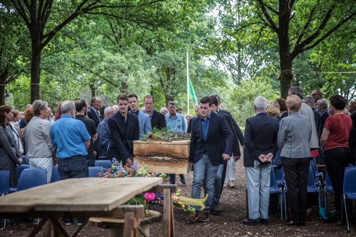 Uitvaart Han Meeuwsen op de Strabrechtse Heide in Heeze
