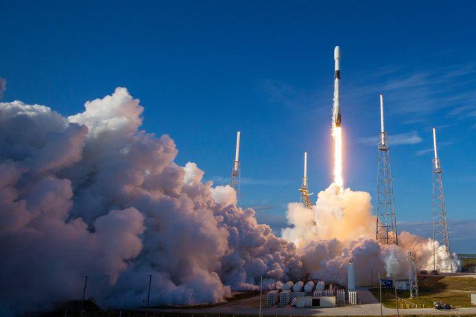 Lancement de la fusée Falcon-9 (archives)