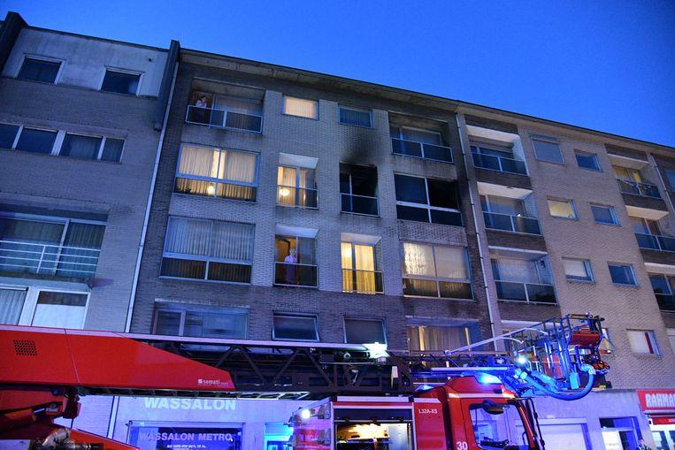 De brand woedde in een appartement op de derde verdieping.