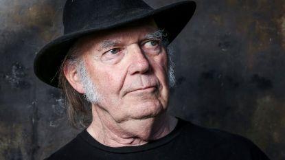 Neil Young en Daryl Hannah getrouwd