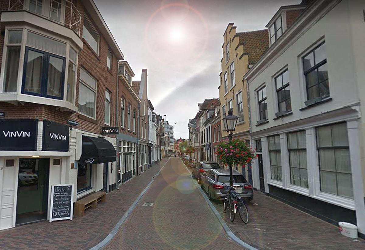 De Predikherenstraat die uitkomt op de Voorstaat, vlak voor de Neude.