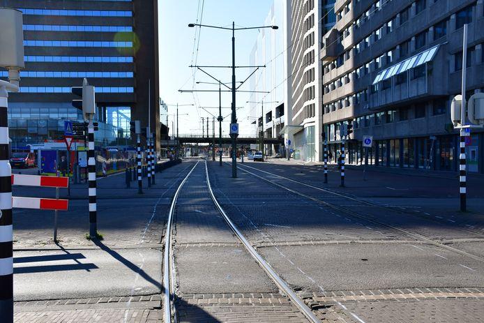 Het tramspoor vlakbij het Centraal Station dat onder handen zal worden genomen komende maand.