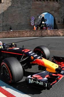 'Lucky' Ricciardo wint, pechvogel Verstappen valt weer uit