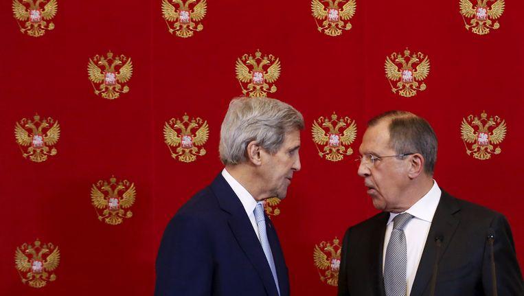 Ambtsgenoten John Kerry en Sergei Lavrov Beeld REUTERS
