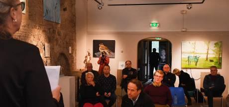Wethouder Theo Lemmen weigert petitie Kunst in het Kerkje in Velp aan te nemen