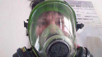 """Bespotte Nederlandse slaat terug: """"Ik draag dit gasmasker niet door corona maar vanwege allergieën"""""""