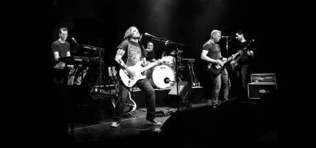 Rockband uit Vroomshoop schrijft nummers voor tweede album