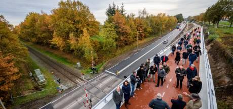 Enschede heeft nieuwe fietsbrug van 2,5 miljoen euro