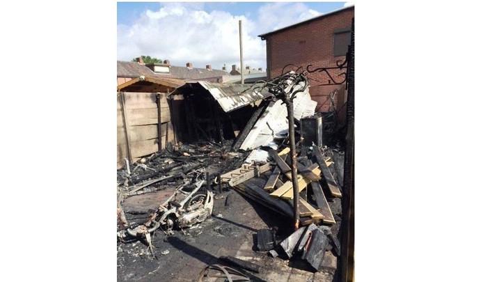 Een van de oudere brandstichting waar de jongen verantwoordelijk voor was, in de Molenstraat.