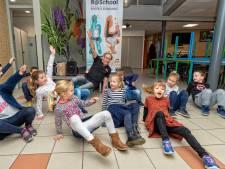 1000 leerlingen kregen al breakdance-les in Alphen: 'Sporten is ook een bindmiddel'