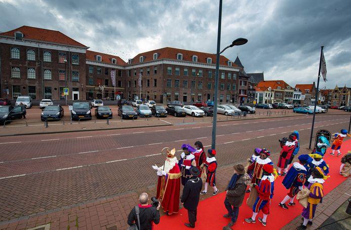 Sinterklaas komt dit jaar in vrijwel alle gemeenten in deze regio geruisloos binnen.