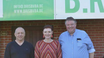 Gemeente en voetbalclub Berg en Dal investeren in nieuwe kleedkamers en douches