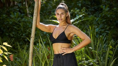 """Natassia, vriendin van Wout Bru, neemt deel aan 'Expeditie Robinson': """"Ik had mijn eerste indruk niet mee"""""""