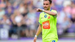 Football Talk België. Watford lonkt naar Verstraete - Kritiek op trainingen en aanpak van Broos