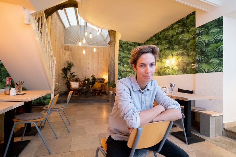 Femke Dralants in haar nieuwe restaurant Carbon, in de Désiré De Boucherystraat.