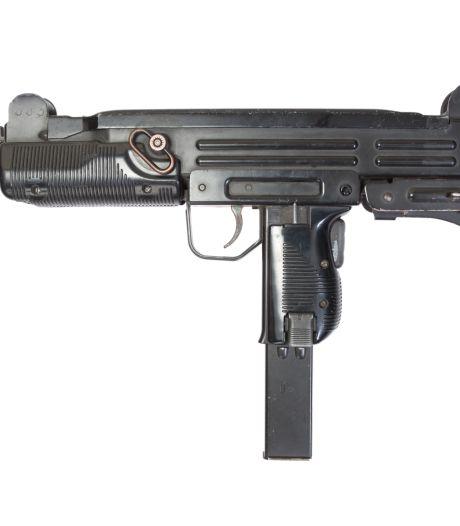Verdachte van verkoop uzi's en pistolen in Amersfoort komt de cel voorlopig niet uit